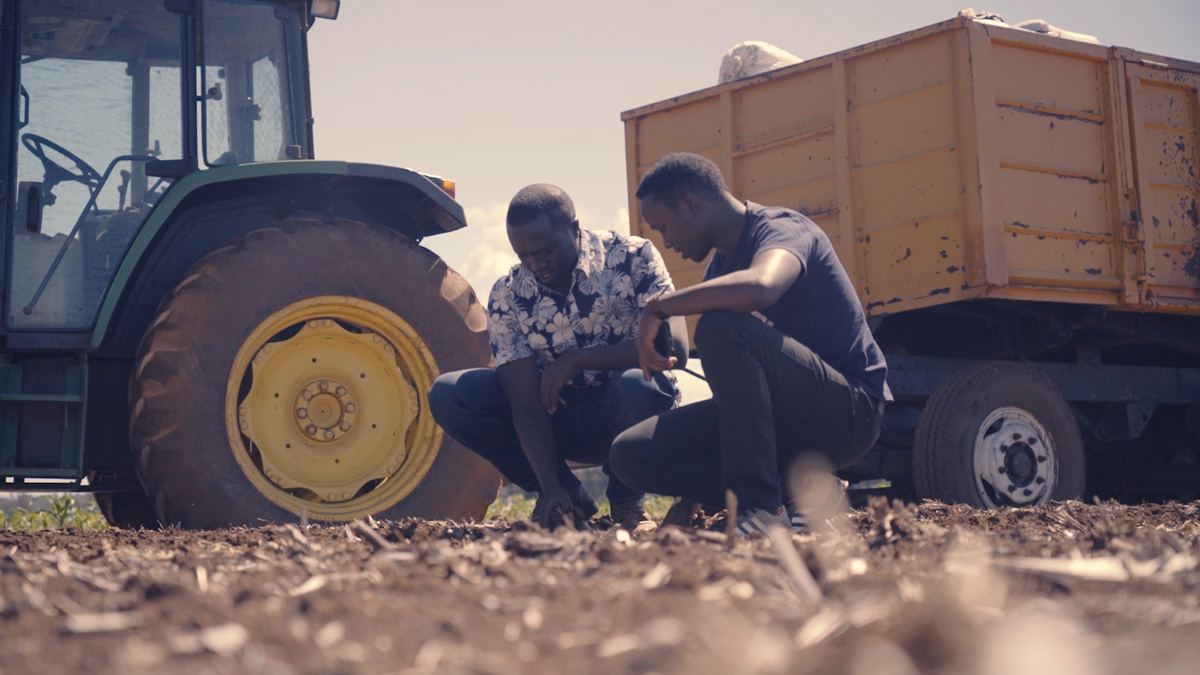 Evans-Killy-in-front-of-Tractor0